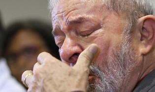 """Colunista famoso e renomado revela que Lula está em estado de """"quase depressão"""""""