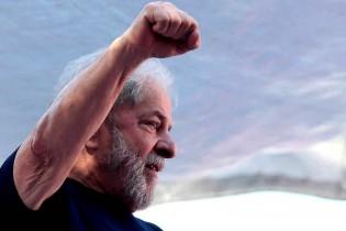 Após o pleito eleitoral, Lula terá dois mandados de prisão