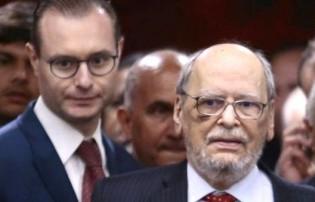 Com o bolso cheio e a moral esfacelada, Sepúlveda deixa a defesa de Lula
