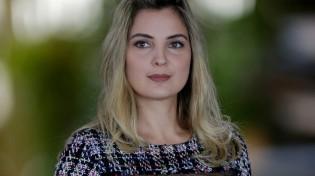 Com 2600 funcionários, EBC contrata estilista de Marcela, para agradar o marido