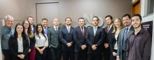 Advogados de Adelio pertencem a uma das maiores e mais luxuosas bancas de MG