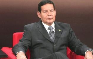 Mourão tem o direito de participar dos debates, em substituição a Bolsonaro