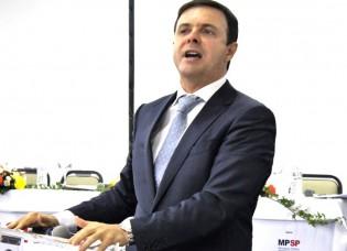 "Jurista renomado atribui a Haddad a ""Lenda do Dumbo"" (Veja o Vídeo)"