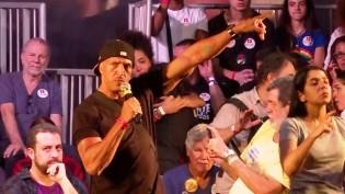 Em evento do PT com artistas, cantor incorpora Cid Gomes e detona o partido (Veja o Vídeo)