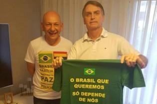 """Dono da Havan paga o preço por ter se posicionado e acreditado na """"democracia"""""""