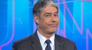 A Globo, em parafuso, obriga Bonner a desmentir fake News (Veja o Vídeo)