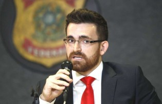 O delegado mais temido por Lula irá interrogá-lo na próxima sexta-feira (5)