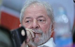 """Lula dá um pontapé na """"dignidade"""" e admite sair da cadeia com benefício legal"""