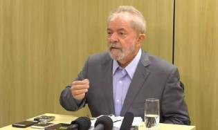 """Por que o ex-presidente Lula é considerado um """"hóspede ilustre"""" na Polícia Federal?"""
