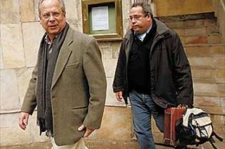 """Ex-jornalista da Veja revela atitude da revista quando recebeu valise """"roubada"""" de José Dirceu"""