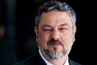"""Palocci, mais um """"vilão-herói"""" na história da pátria"""
