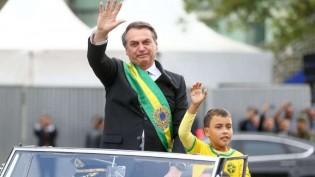 Vale tudo pelo poder: mentir, caluniar, oferecer a Amazônia para estrangeiros, xingar um garoto de 9 anos...