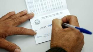 121 mil novos empregos de carteira assinada em Agosto, o melhor resultado em 6 anos para o período!