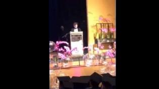 """Novos tempos! Em formatura do ensino médio, orador cita frase de Bolsonaro e leva colegas ao """"êxtase"""" (veja o vídeo)"""