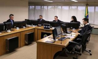"""Ministros """"anônimos"""" dizem que TRF-4 desrespeitou decisão superior ou isso é mentira do Estadão?"""