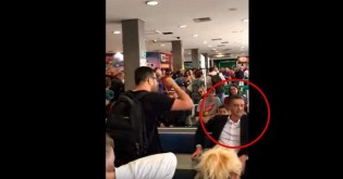 Deputado que votou a favor do fundo eleitoral é execrado no aeroporto (veja o vídeo)
