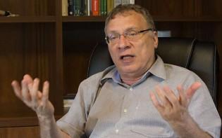 Advogado de Lula contra Hang, sofre nova derrota e recebe aula de direito de desembargador catarinense