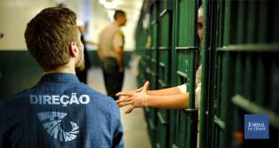 """O hipotético diálogo entre a produção do Fantástico e o """"carcereiro"""""""