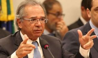 Paulo Guedes estuda isenção de tarifas para importação de produtos médicos e hospitalares