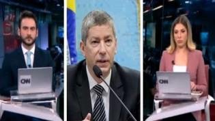 Embaixador da Ucrânia dá invertida ao vivo em jornalistas na CNN (veja o vídeo)