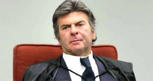 Fux será relator do processo que pode autorizar a perícia no celular do advogado de Adélio