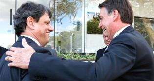 """Bolsonaro rasga elogios a Tarcísio: """"Trabalho magnífico"""" (veja o vídeo)"""