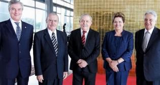 Só uma democracia deturpada poderia eleger Sarney, Collor, FHC, Lula e Dilma