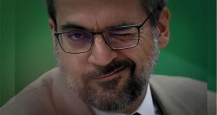 """Weintraub lança coletânea de """"mitadas"""" contra a família Marinho: """"Globo Lixo"""" (veja o vídeo)"""