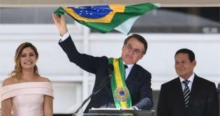 """Impossível não se emocionar... """"Hino ao novo Brasil"""" (veja o vídeo)"""
