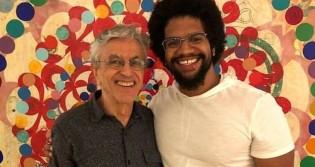 """'Guru' de Caetano, diz ser favorável a pena de morte de """"contrarrevolucionários"""" e exalta Fidel: """"Humanista"""" (veja o vídeo)"""