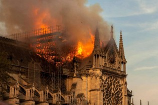 Por que se queimam Igrejas?