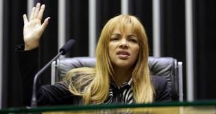 Por unanimidade, caso Flordelis é enviado ao Conselho de Ética e deputada deve perder o mandato