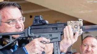 "Bolsonaro manda aviso a ""vagabundos"": ""Durmo armado"" (veja o vídeo)"