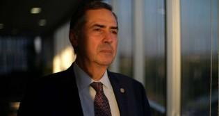 """Barroso diz que Brasil """"caminha"""" para o voto facultativo (veja o vídeo)"""