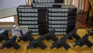 Taurus, a maior fabricante de armas do Brasil, é contra decisão de zerar impostos de importação. Por que será?