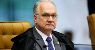 Fachin suspende decisão do Governo que zerou alíquota para importação de revólveres e pistolas