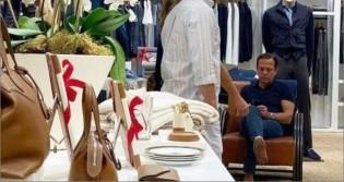 """A hipocrisia do """"ditador da calça apertada"""": Sem máscara, Dória vai às compras em Miami"""