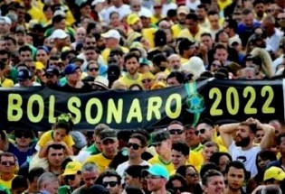 """Bolsonaro será reeleito pelo efeito """"EleNão"""""""