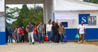 Quase 1700 detentos de SP não retornaram da 'saidinha'