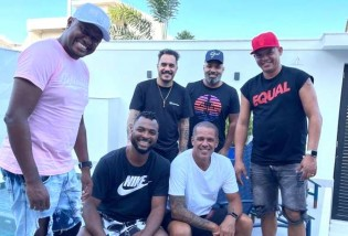 Flagrante: Infectado, Marcelo D2 promove churrasco com amigos e com Covid