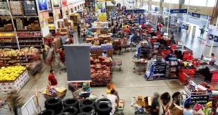 """Para tristeza da turma do """"quanto pior, melhor"""", atividade econômica tem nova alta em dezembro/2020, diz BC"""