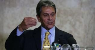 Profundamente irritado, Jefferson perde a paciência e promete punir deputados do PTB que votaram contra Daniel Silveira (veja o vídeo)