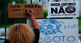 Dono da Friboi está comprando a Rede Globo, diz colunista, mas emissora nega