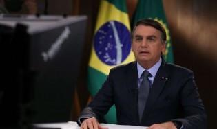 Bolsonaro bate na mesa e parte para assumir as  'rédeas' da pandemia (veja o vídeo)