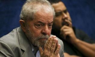 Apavorado com a popularidade de Bolsonaro, Lula muda discurso e já pensa em não concorrer em 2022