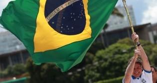 """""""Já temos Universidade Federal que o reitor é um pastor"""", revela Bolsonaro"""