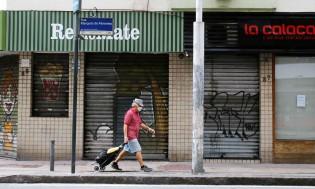 """Se fosse o 'poste', teria fechado tudo. Lockdown nacional"", alerta Bolsonaro (veja o vídeo)"