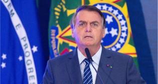 """Bolsonaro fala sobre """"intervenção civil"""" e """"fake news"""" do Estadão (veja o vídeo)"""