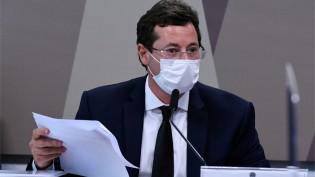 """CPI pega fogo: Renan ameaça prender Wajngarten e Girão rebate: """"Enquadrar o depoente para confirmar uma narrativa pronta"""" (veja o vídeo)"""