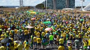 AO VIVO: Manifestantes pró-governo ocupam Brasília (veja o vídeo)